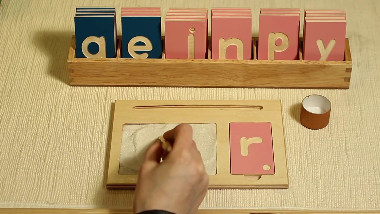 Alison's Montessori: (L167) Lowercase Print Tracing Board with Wooden Tracing Letters