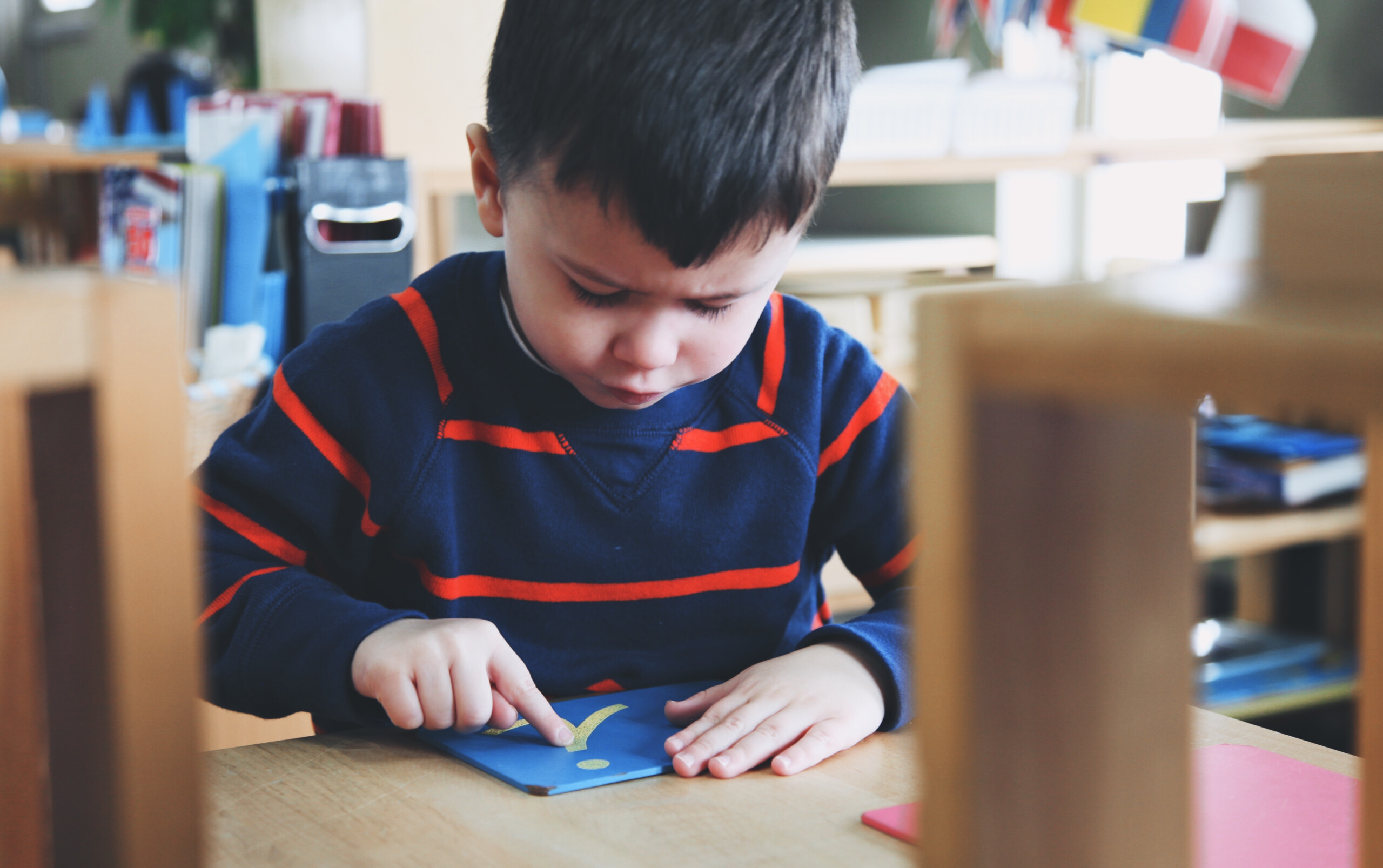 Montessori Encyclopedia: Sandpaper Letters - Baan Dek with Tracing Sandpaper Letters