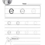 """Lowercase Letter """"e"""" Tracing Worksheet 