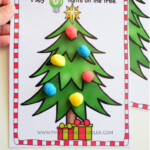 Use This Christmas-Themed Work Mats To Practice Counting